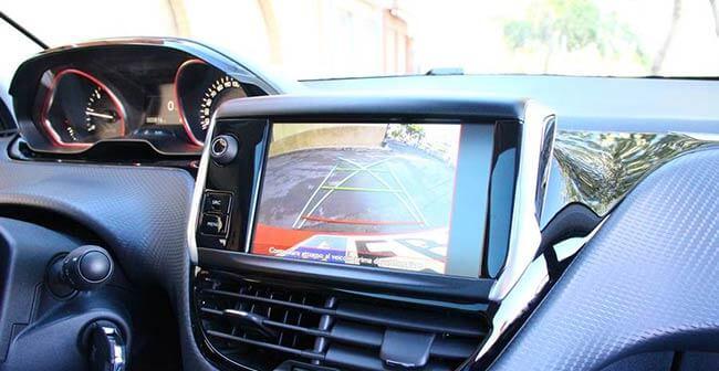 telecamera retromarcia per auto